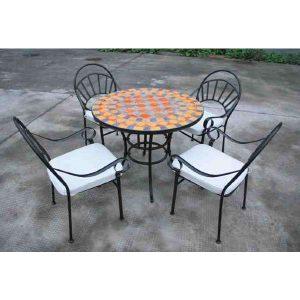 תמונה ראשית כיסאות ברזל איכותיים עם כריות