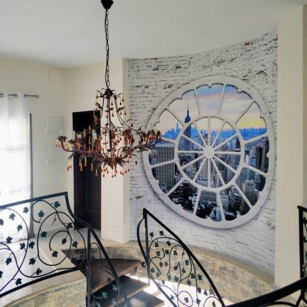 חלון עיגול +נוף - מדרגות